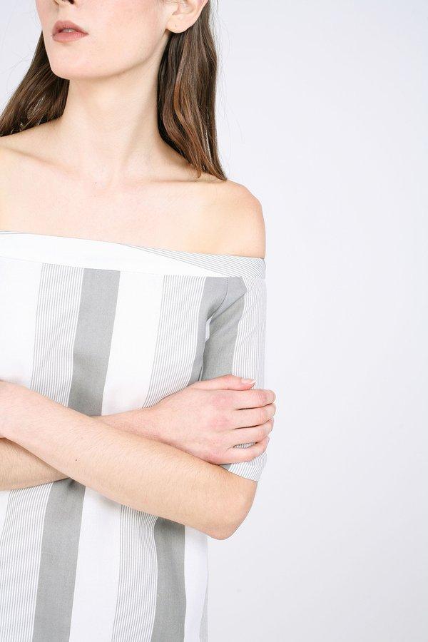Nyuq Dress