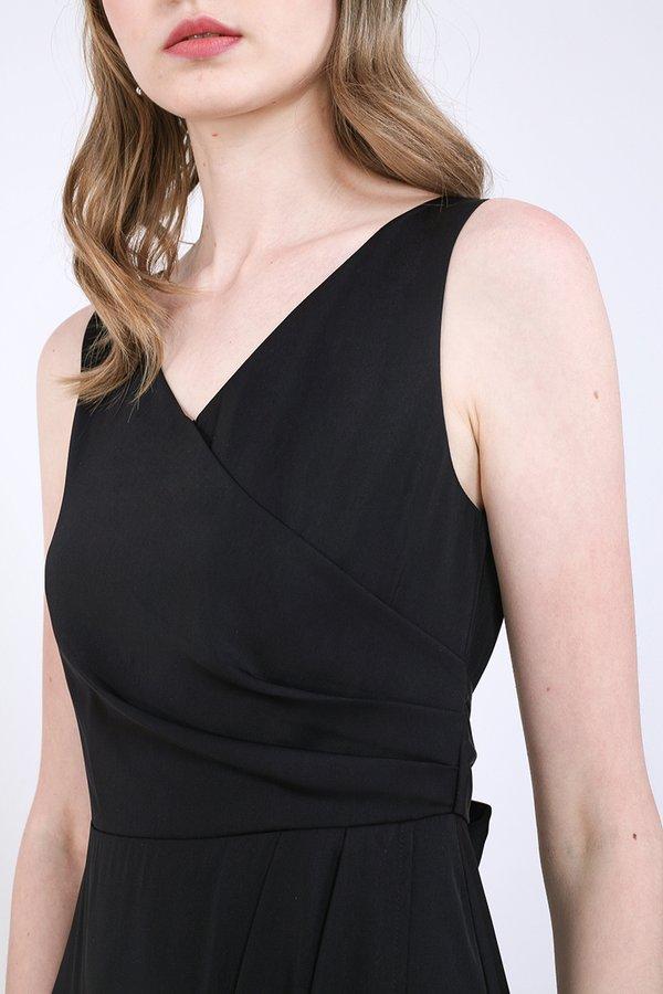 Lienne Dress