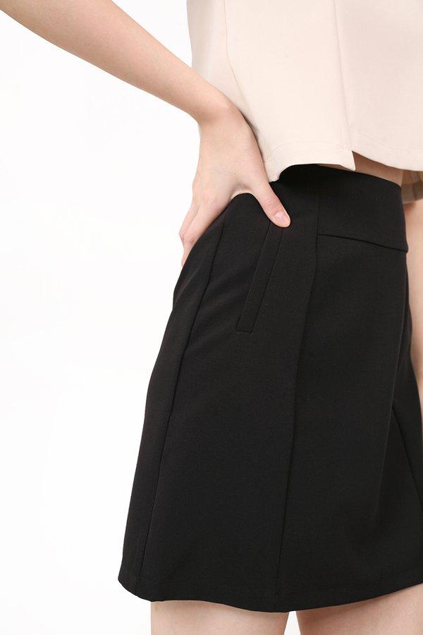 Quibi Skirt
